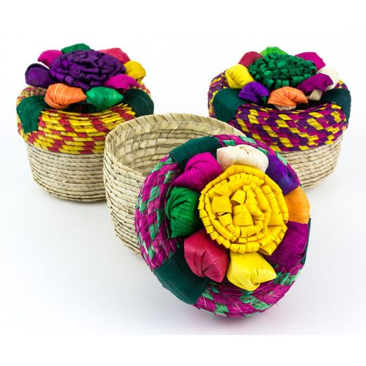 4420550f12e Cinco de Mayo Decorations Straw Basket with Flower Lid Image